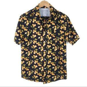 Banana Republic   Men's orange citrus shirt   S
